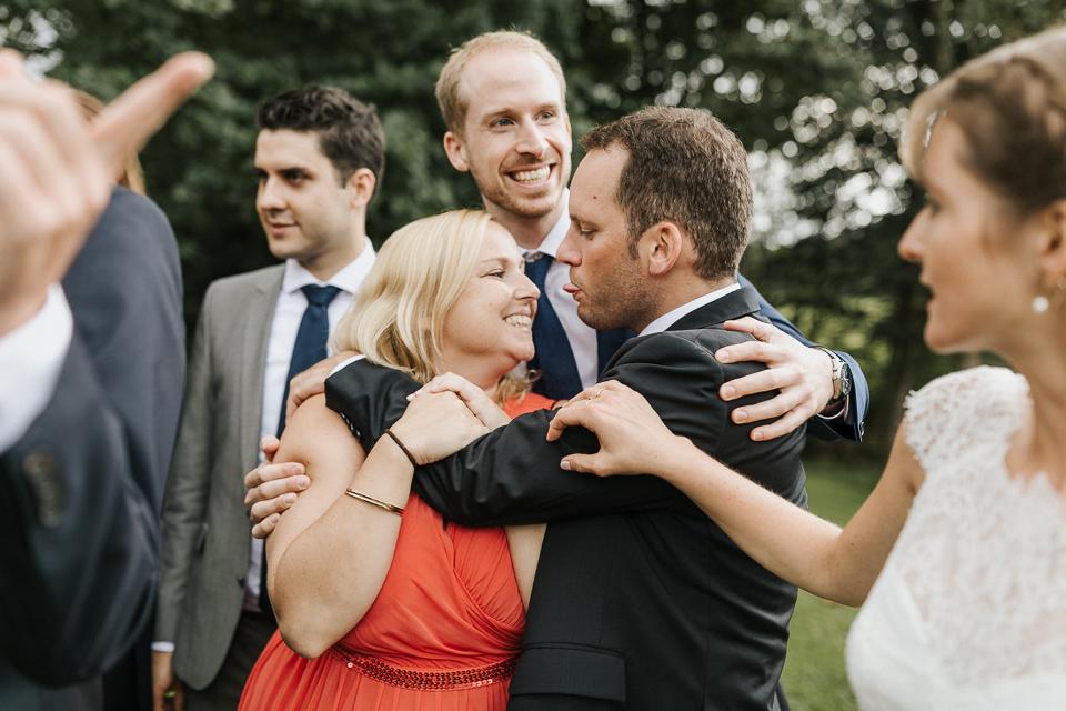 Hochzeitsgesellschaft freie Trauung Allgäu auf dem Berg