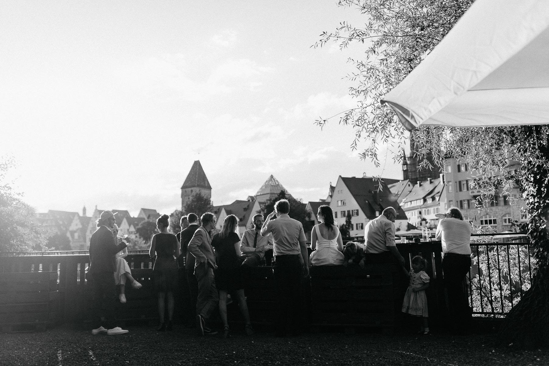 Bei der Hochzeit in Ulm bot sich mir als Hochzeitsfotograf ein toller Blick zum Fischerviertel