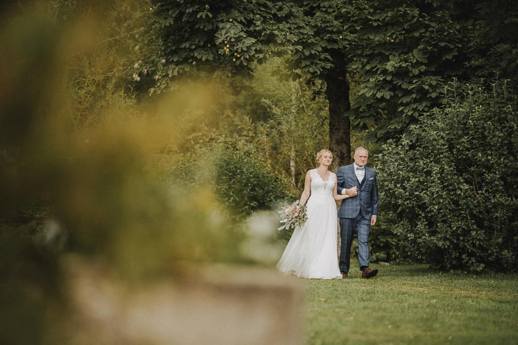 Die freie Trauung am Henslerhof im Schwarzwald beginnt für mich als Hochzeitsfotograf